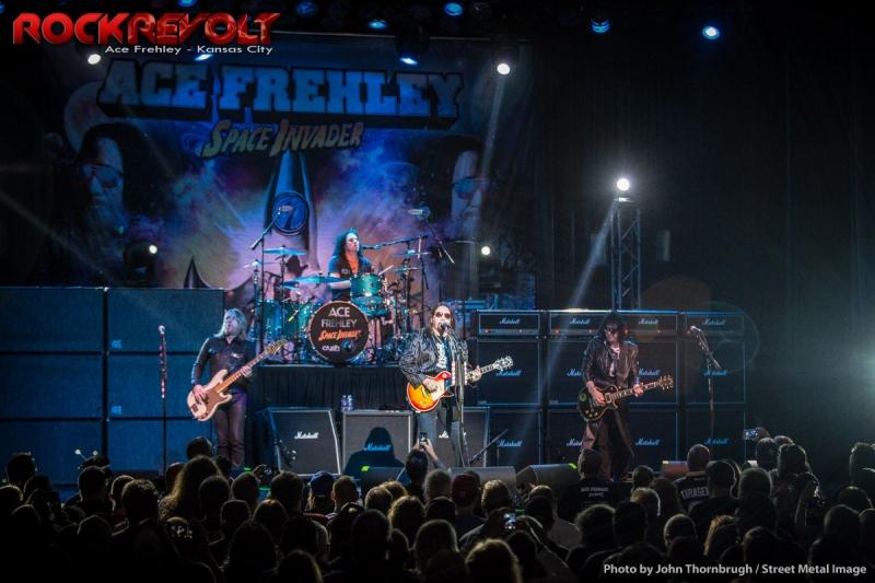 Detroit rock city kiss guitar cover lingerie ver - 4 8