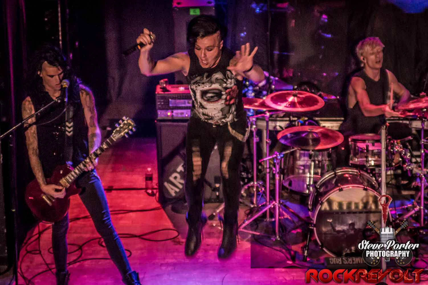 RockRevolt Magazine - Artifas - Scottie - band - jump