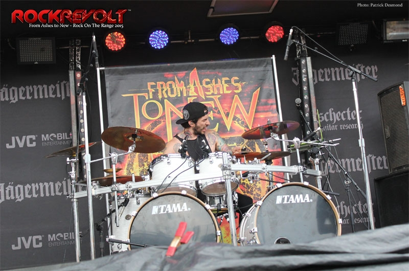2015 - ROTR - From Ashes to New - RockRevolt - 9.jpg
