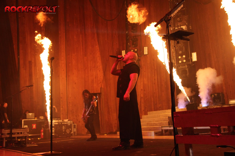 2016 - Disturbed-RockRevolt - 1