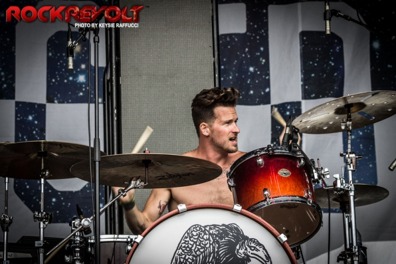 2017 - WTR - Highly Suspect - 15