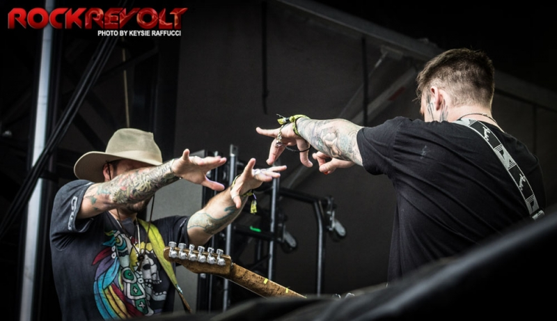 2017 - WTR - Highly Suspect - 19