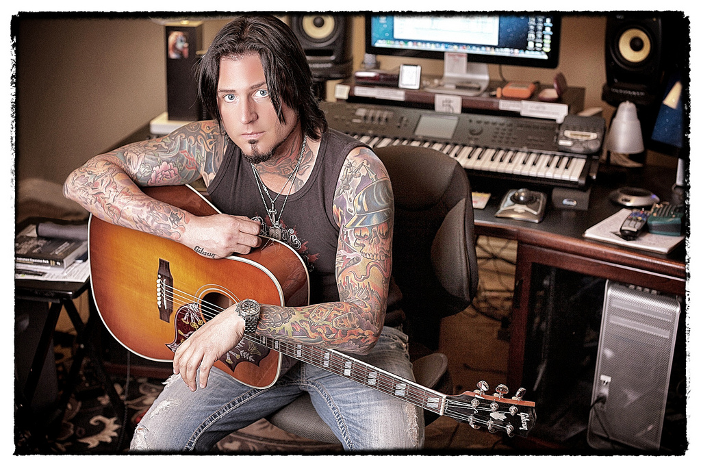 "5FDP'S JASON HOOK TO APPEAR ON ""THAT METAL SHOW"" THIS SATURDAY"