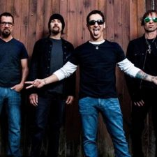 "MUSIC NEWS: GODSMACK Release New Video For ""When Legends Rise"""
