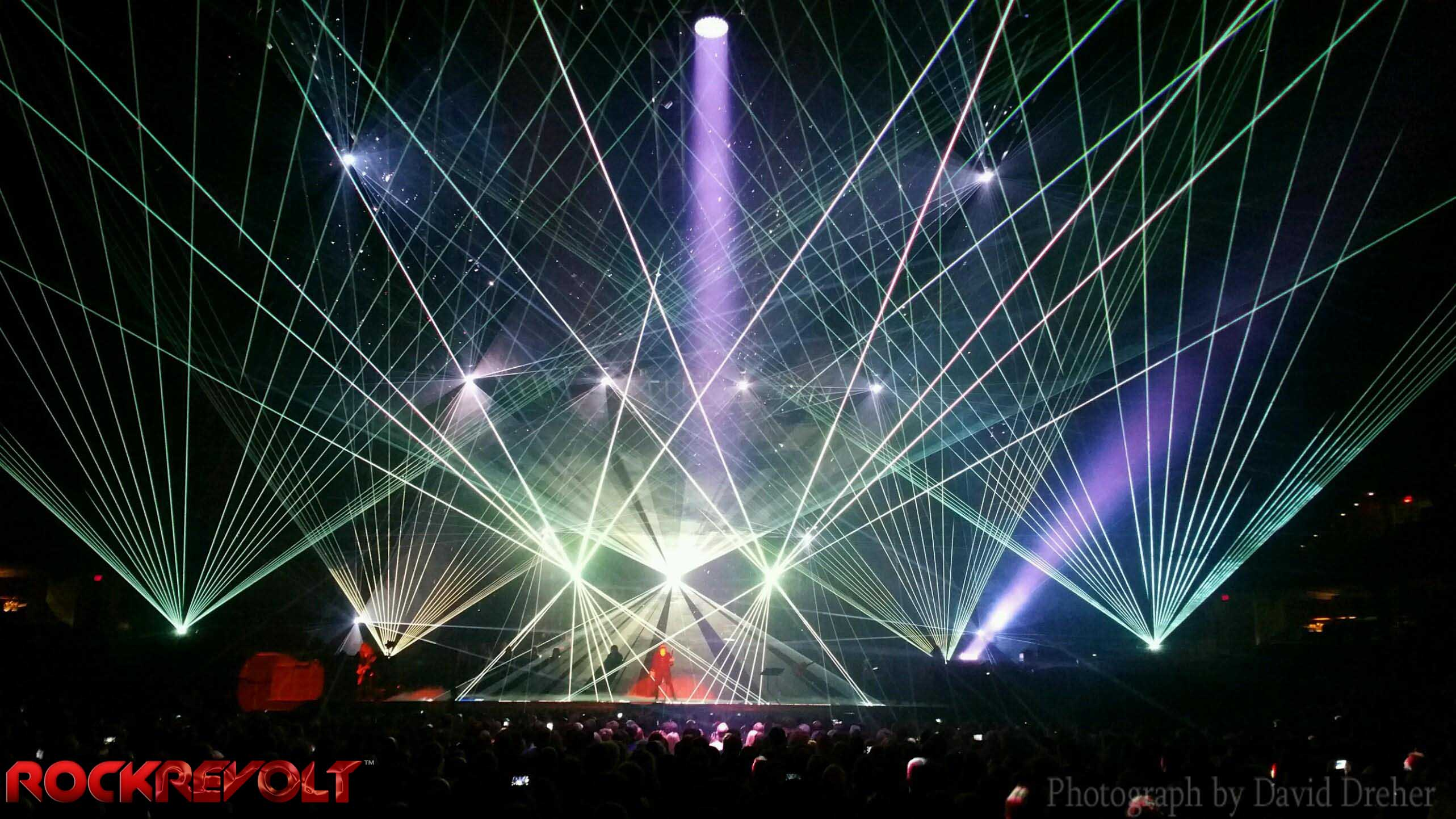 Trans-Siberian Orchestra – The Ghosts of Christmas Eve | fox8.com