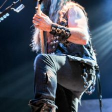 LIVE PICS: ZAKK WYLDE,TYLER BRYANT & THE SHAKEDOWN AND JARED JAMES NICHOLS